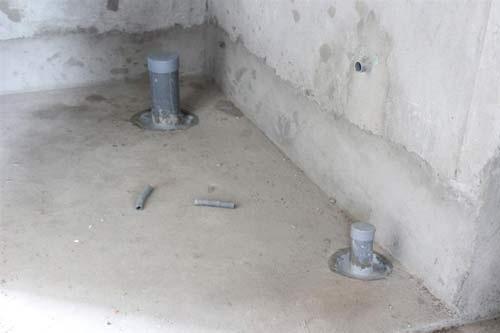 cách chống thấm lỗ thoát sàn