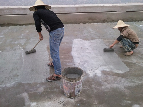 Cách xử lý chống thấm trần nhà bằng sika